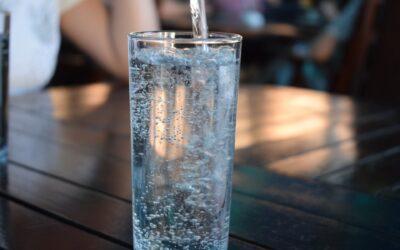 Sposoby na picie większej ilości wody